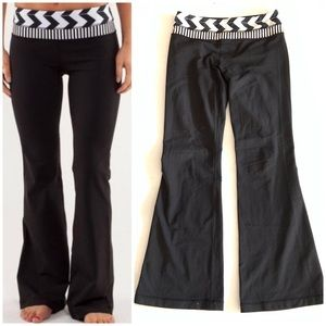 Lululemon Groove Pants Black White Chevron Size 8